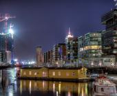 Lieger Caesar, Hafencity Hamburg. Hier fand im September 2013 meine Fotoausstellung mit 1.300 Besuchern statt.